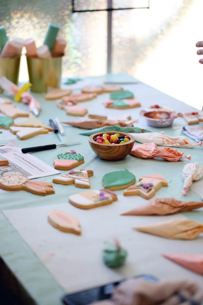 cookie decorating class table setup