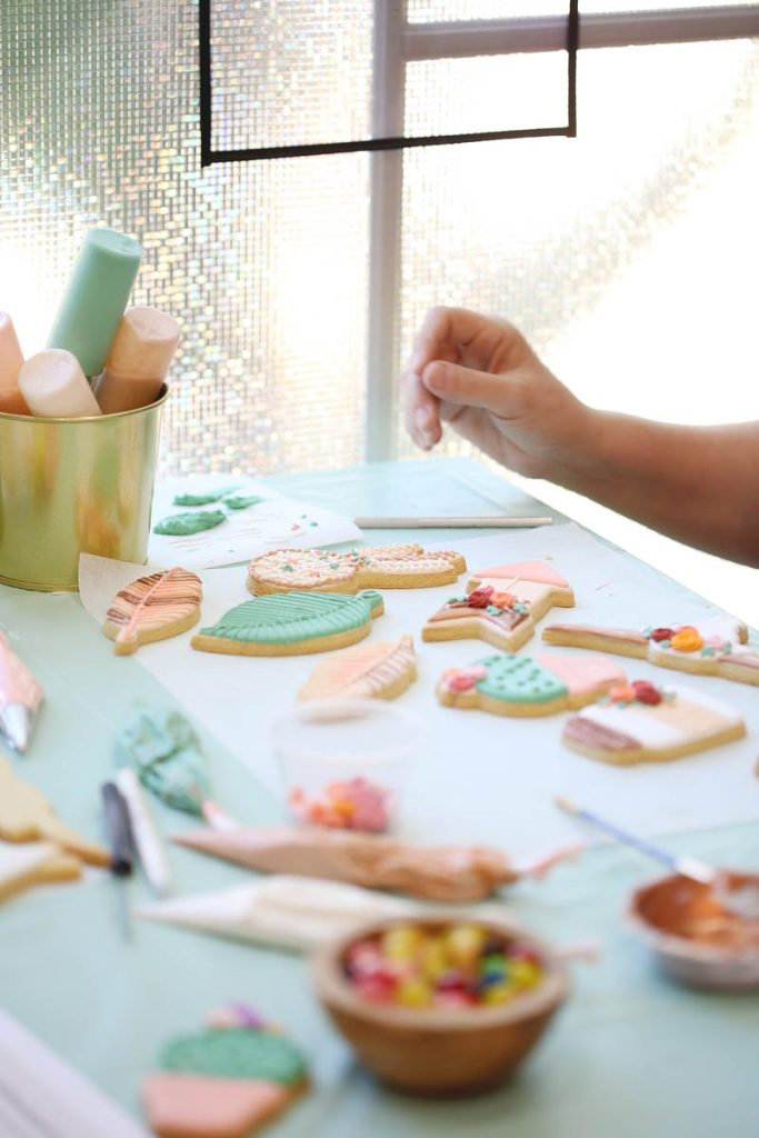 student decorating cookies during a cookie decorating class in Irvine, CA