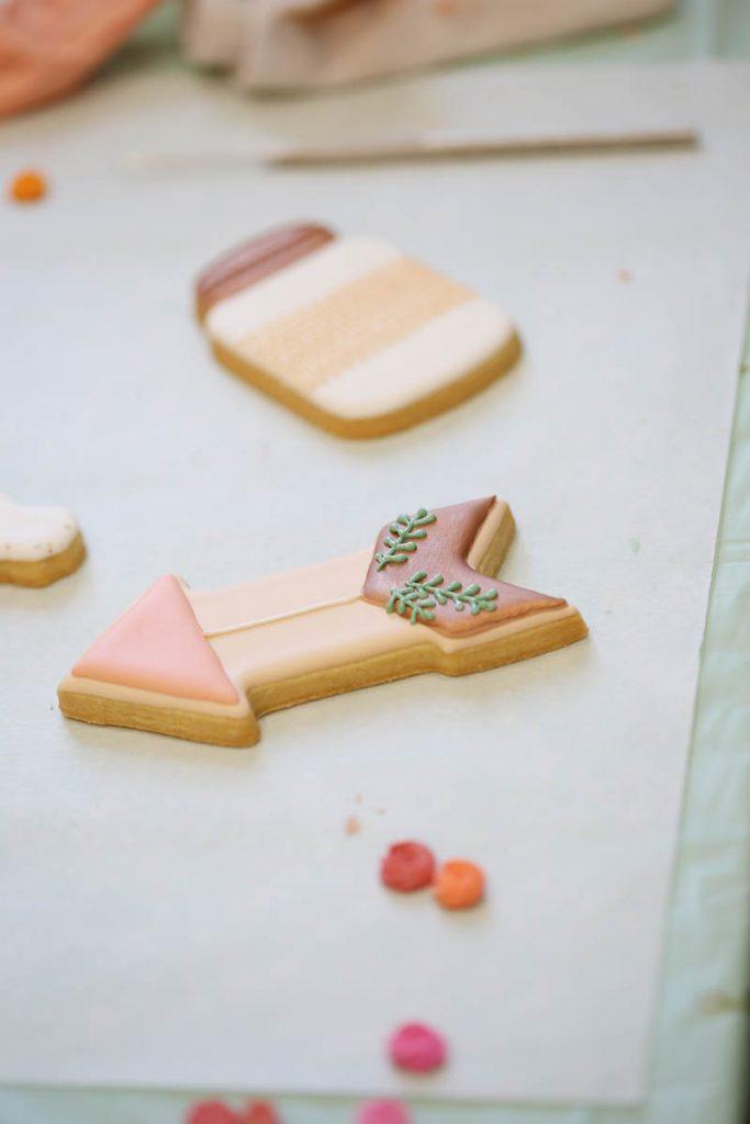 decorated arrow cookie